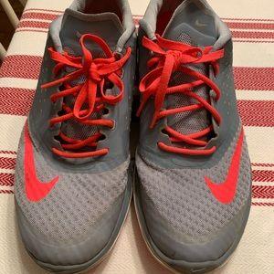 Nike Fitsole Tennis Shoes